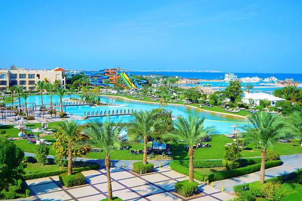 Hotel Jaz Aquamarine Resort predstavlja odličan izbor. Smešten u južnom delu Hurgade, sa 4 Aqua Parka u svom sastavu