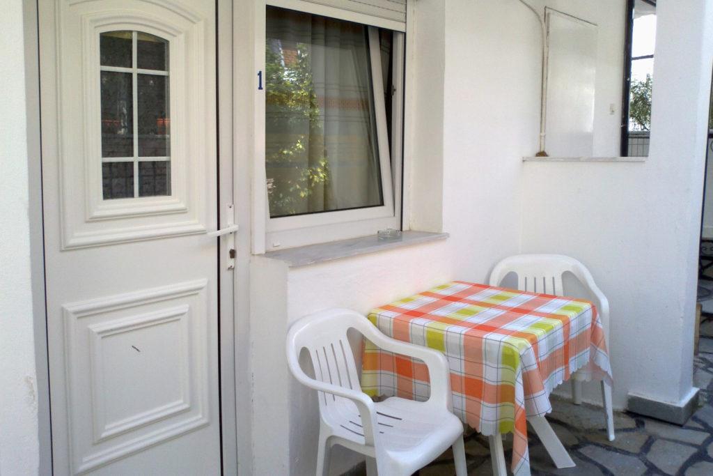 vila-kostas-parga-olimpia-travel