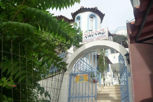 grcka-parga-vila-vavas-olimpia-travel